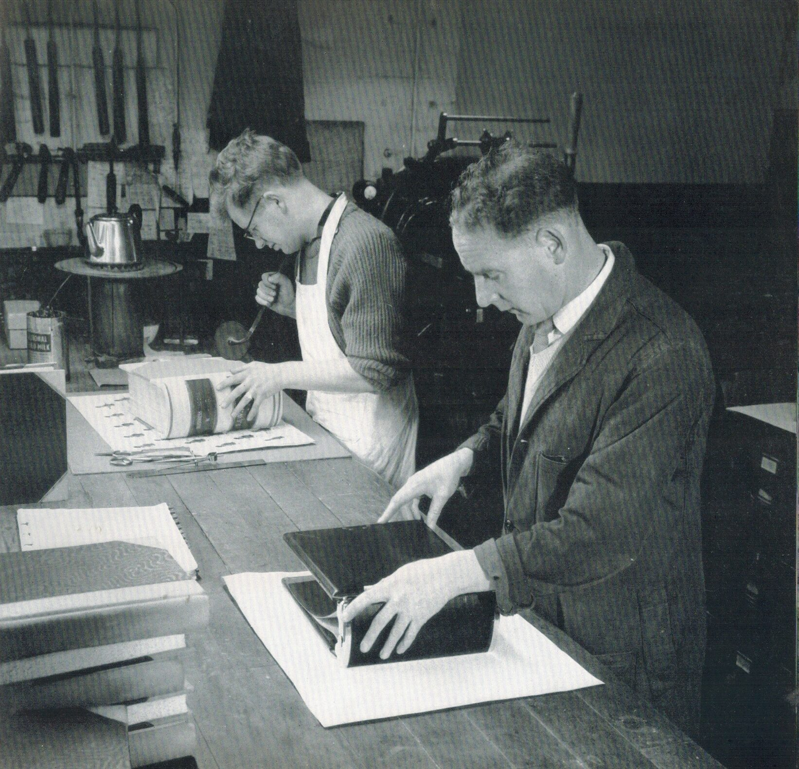 Bookbinding by hand